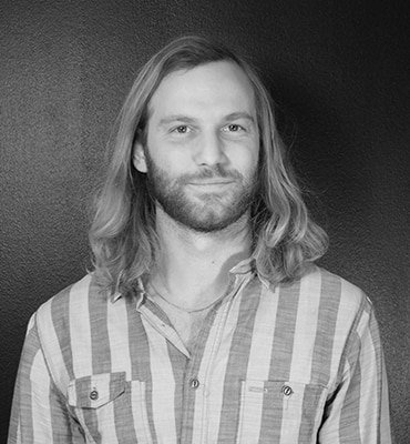 Johan Wertsén, Graphic Designer, Right Thing united